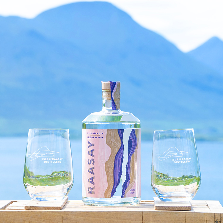 Isle of Raasay Gin Perfect Serve Set