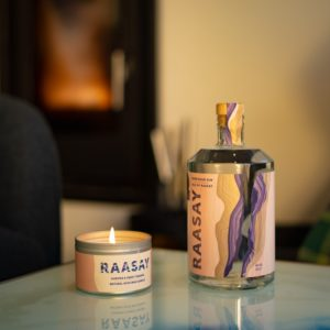Raasay 70cl Gin & juniper Candle fireplace