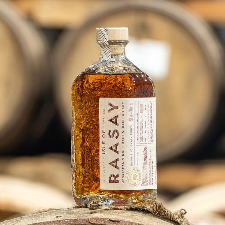 Na Sia Single Cask Bottlings - Peated Chinkapin Oak 1 x 70cl